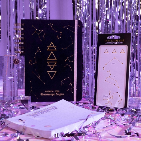 "Pack agenda cuaderno + tatoos + colgante ""fuego"" + taco de notas de Horóscopo Negro"